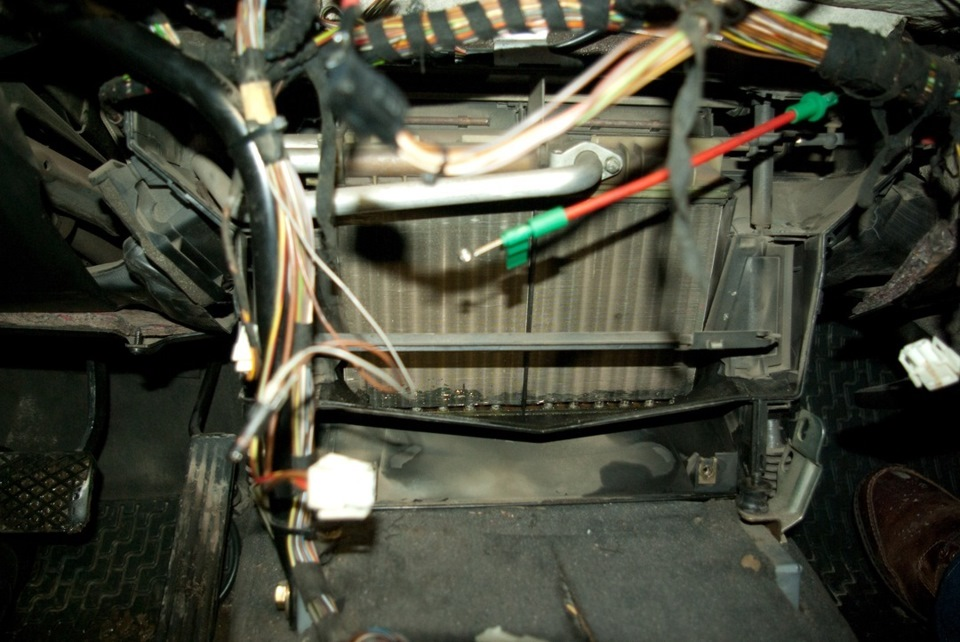 Как снять радиатор печки bmw e34